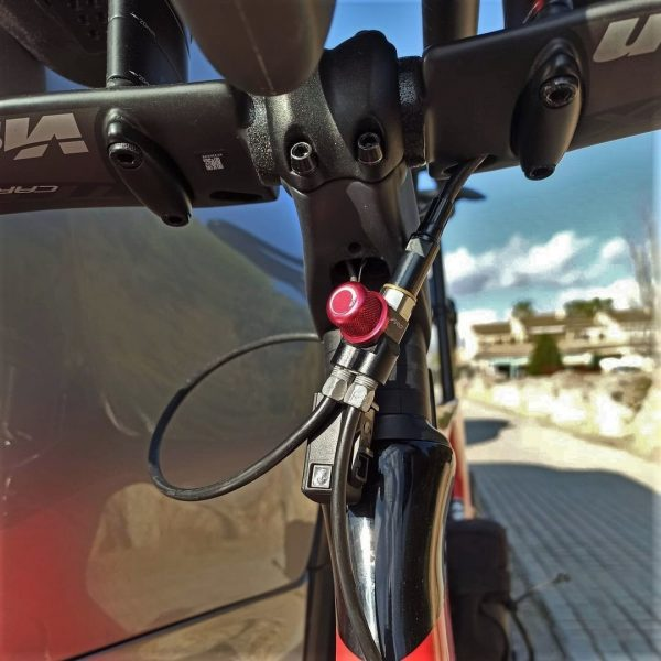 Outbraker Brake Splitter with Brake Hose Adapter
